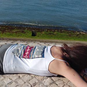 Almofada Terapêutica Dores Lombares e de costas - Riscas Variadas